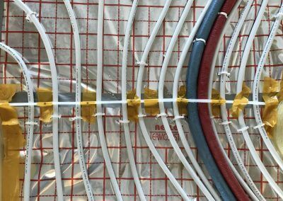 Dylatacja progowa na instalacjach - przygotowanie do wylewki anhydrytowej